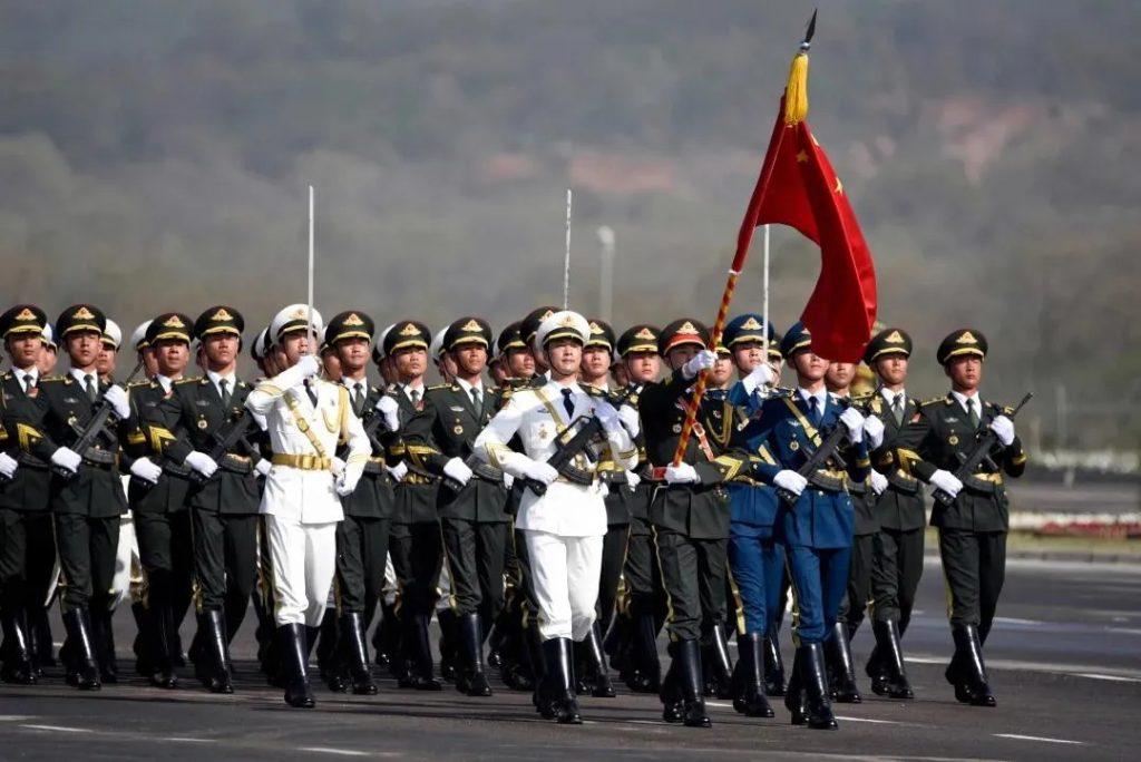 建军节,向我们的军人致敬!