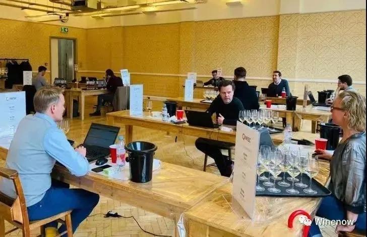 【会员风采】——热烈祝贺我会理事单位戎子酒庄的小戎子·天香干红葡萄酒荣获大奖,再展锋芒!